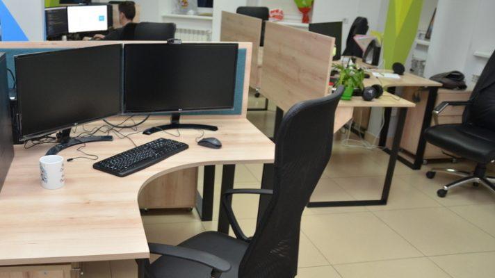 комп ютерний стіл кутовий